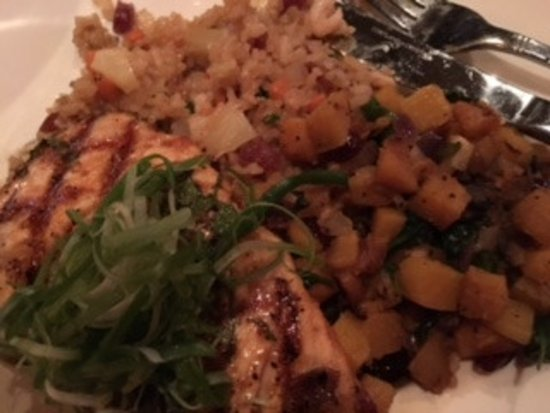 Oak Brook, IL : Glazed Salmon, Brown Rice, and Relish Side