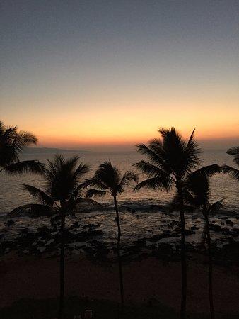 Mana Kai Maui: Beautiful sunsets