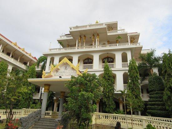 Pakse, Laos: main building