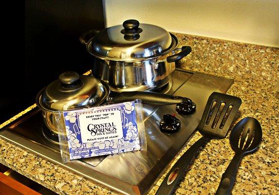 Towanda, Pensylwania: Cooking Utensils provided in all rooms!