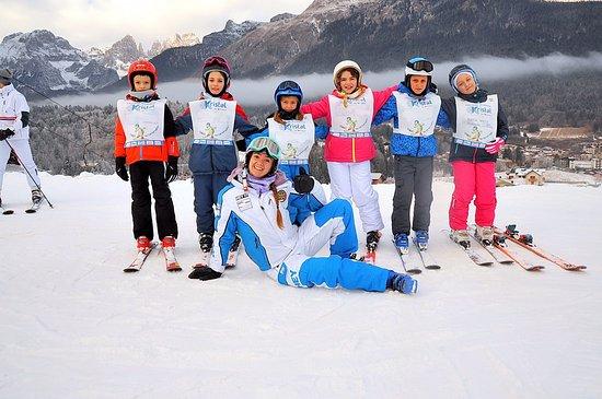 Divertimento assicurato con i maestri della Scuola Italiana Sci & Snowboard Kristal