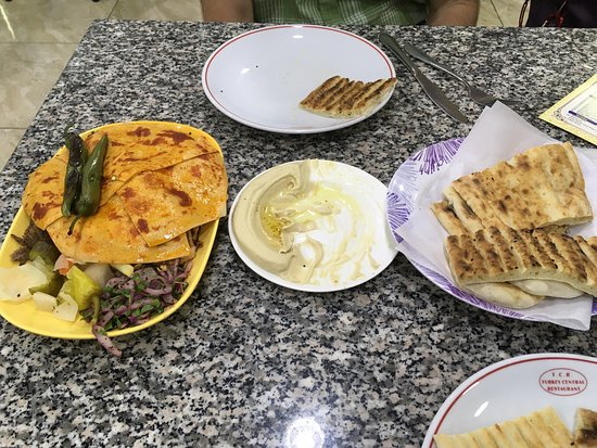 Turkey Central: Delicious shawarma and the best hummus!