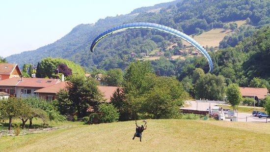 Allevard, France: atterrissage