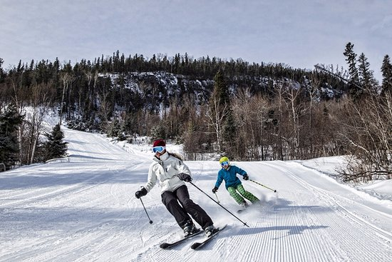 Лутсен, Миннесота: Ski-in/Ski-out from your room at Eagle Ridge Resort!