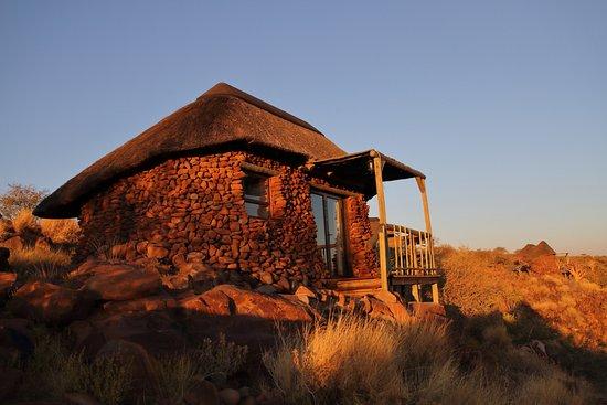 Outjo, Namibia: Chalet al tramonto