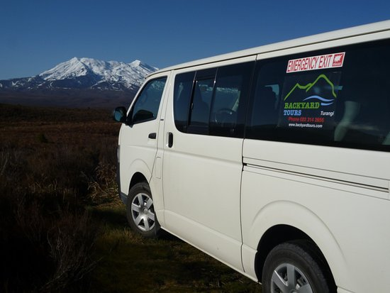 Turangi, Nieuw-Zeeland: Let us drive you to the heart of the Tongariro National Park