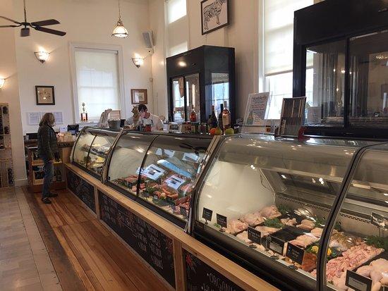 Marshall, VA: Great interior and fine local meats