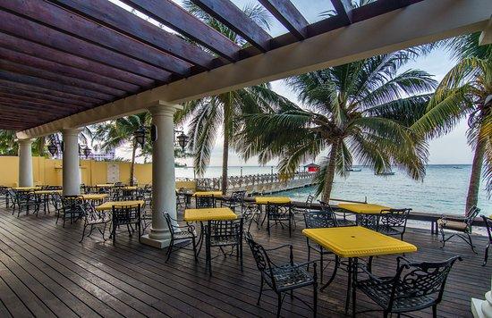 Jewel Dunn's River Beach Resort & Spa, Ocho Rios,Curio Collection by Hilton: Moonstone Terrace