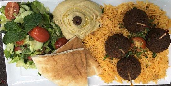 Glendale Heights, IL: Falafel Platter!
