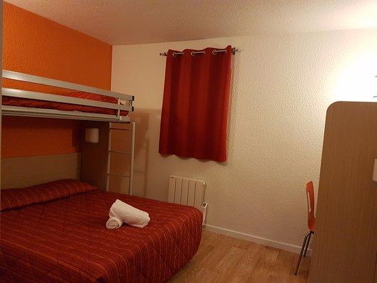 Cran-Gevrier, France : chambre pour 3 personnes