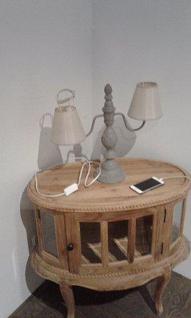 Etterbeek, بلجيكا: Lampe chambre