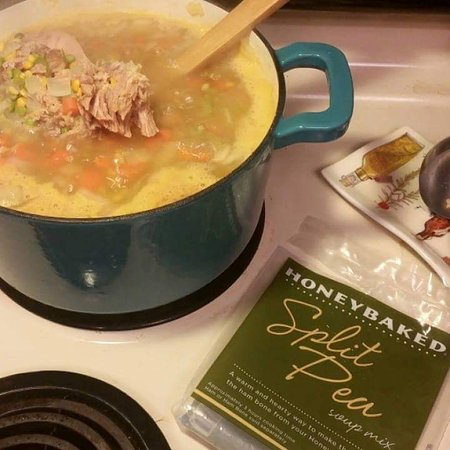 Anderson, Carolina Selatan: Our ham bones and soup mixes come together to make a great meal!