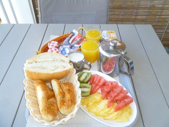 Mon Choisy Beach Resort: petit déjeuner