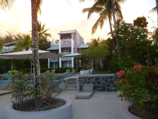 Mon Choisy Beach Resort: L'hotel coté plage