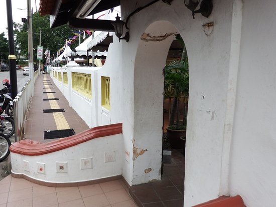 Kampung Hulu Mosque: One of the oldest Mosques of the region