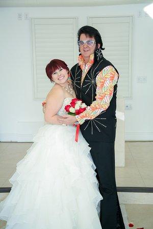 Elvis Weddings In Las Vegas Tropicana Lv Weddings Picture Of