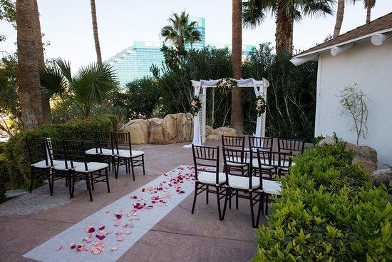 Arbor Garden Weddings In Las Vegas Tropicana Lv