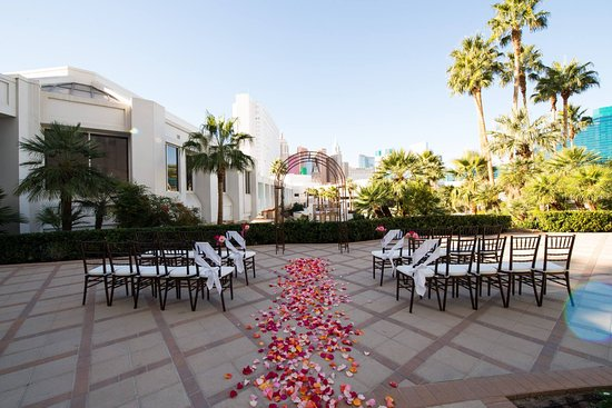 Terrace Scenic Wedding Venue In Las Vegas Tropicana LV Weddings