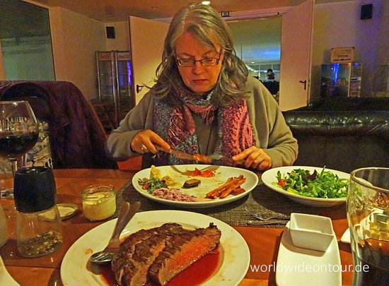 Westerronfeld, Germany: Sabine und das Flank Steak