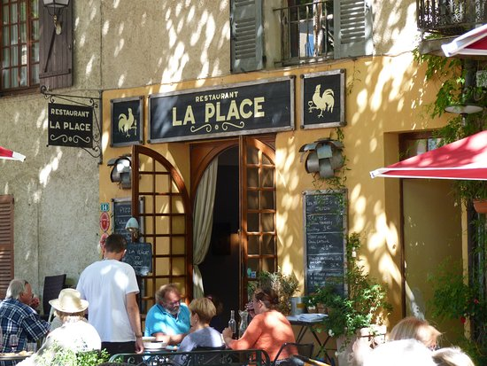 Tourtour, Frankreich: la terrasse du restaurant