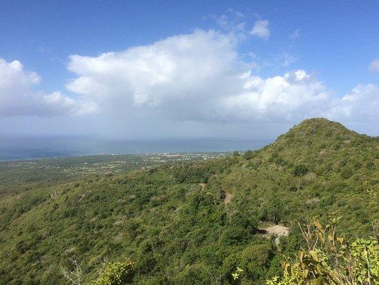 Nevis: photo1.jpg