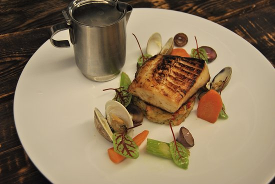 Tundra Restaurant & Bar : Smoked Black Cod (Dinner)