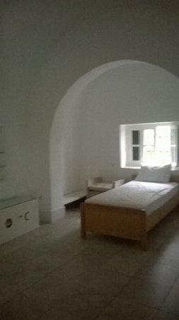 George Sebastian Villa: Cool Bedroom