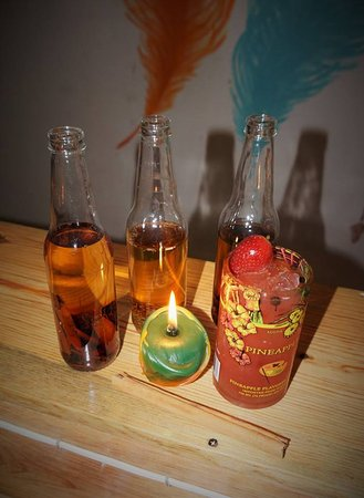 Panajachel, Guatemala: Bitters, Sweet & Sour, Spicy and fruity flavors freshly handcrafted for every taste!