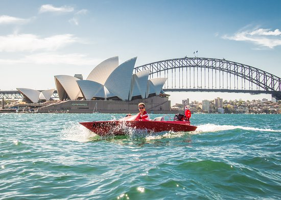 Explore Sydney Harbour