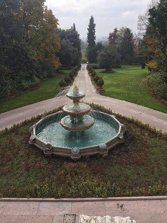 Corrubbio di Negarine, อิตาลี: Byblos Art Hotel Villa Amista