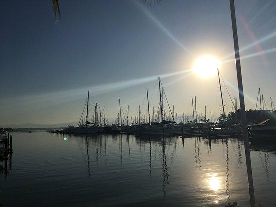 La Cruz de Huanacaxtle, Мексика: A 5 minute walk to the beautiful Marina