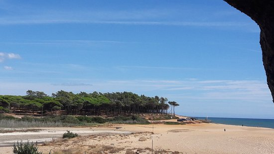 Quarteira, Portugal: Flußdelta vor Trafal Beach