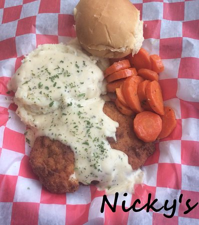 Two Rivers, WI: Special-Country Fried Chicken Dinner