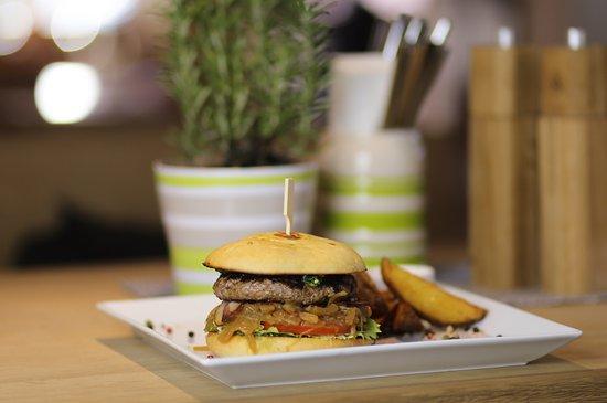 Lenggries, Deutschland: Der JAEGERS Burger