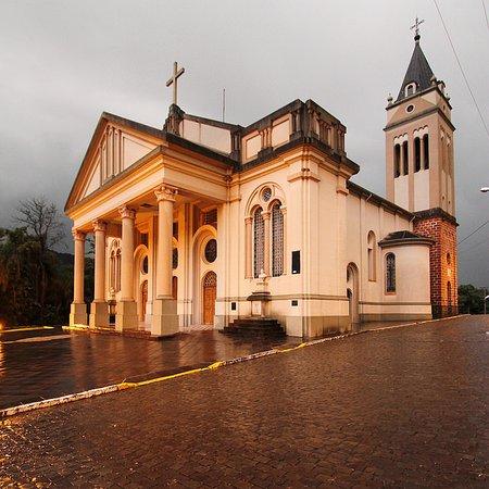 Igreja Matriz de Vale Vêneto: vista externa