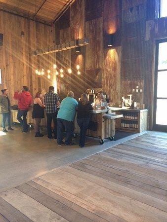 Temecula, Kaliforniya: Great tasting room!