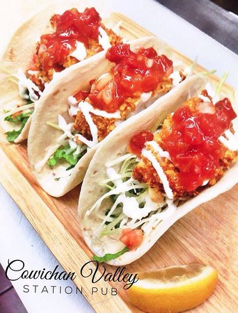 Duncan, Canadá: Crunchy Fish Tacos!!!!!! *Special on Taco Tuesday