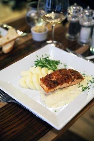 Garrison, Estado de Nueva York: Panko encrusted salmon