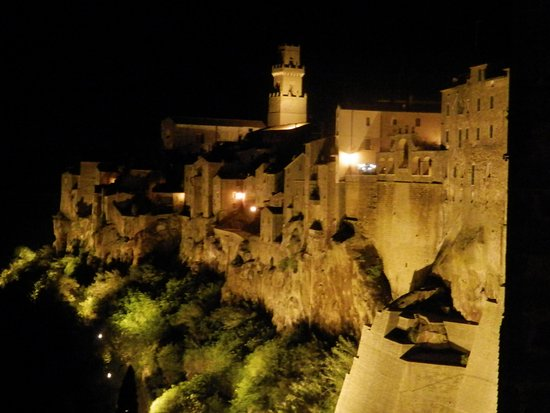 Pitigliano, Italy: panorama