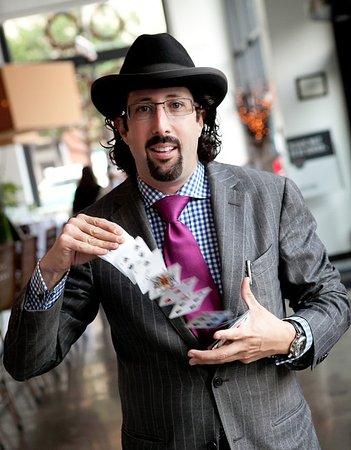 Marrakech Magic Theater: Magician Jay Alexander