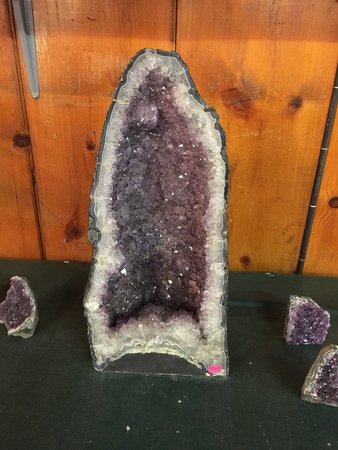 Front Royal, VA: An impressive geode - but the price is $400