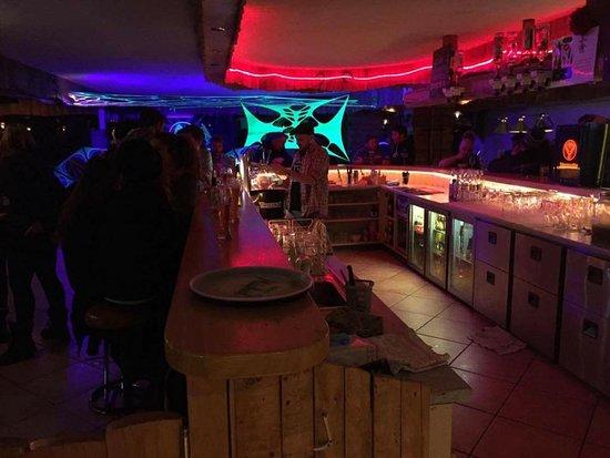 Grimentz, Switzerland: Soirée Lucky Friday - vendredi 13 janvier - electro swing/Techno/Progressive