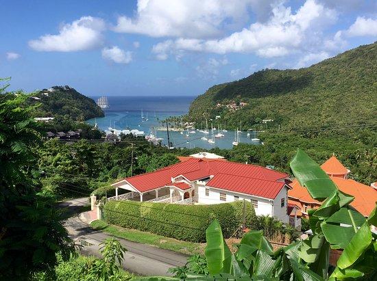 Gros Islet, Sta. Lucía: Looking over Marigot Bay