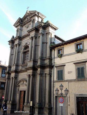 Castel Del Piano, Italia: la chiesa - facciata