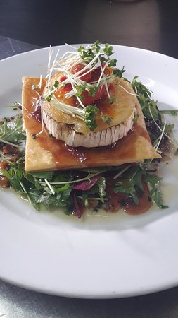 Ivybridge, UK: Goats Cheese Tarte