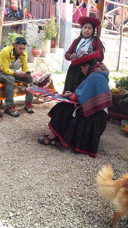 Chinchero, Perú: Tecelã