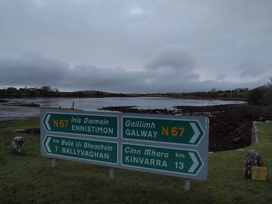 Kinvara Guesthouse: On our way to Kinvarra