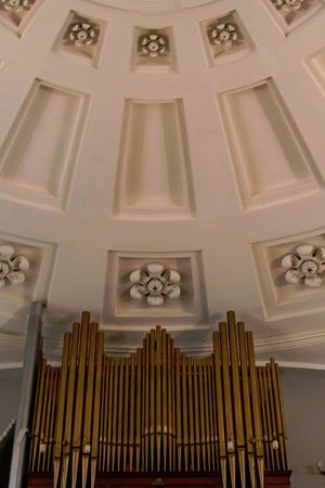 Quincy, MA: Pipe organ and ceiling inside United First Parish Church.