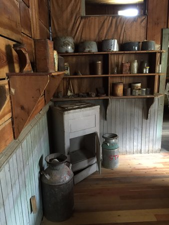 Missoula, MT: Kitchen in one of the bulldings