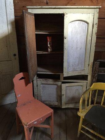 Missoula, MT: furniture is still visible.